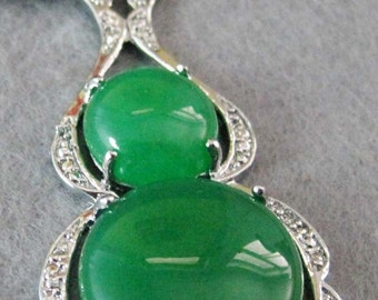 Green Stone Pendant In The Form Of A Gourd Silver Tone Metal Frame Talisman Amulet Bead 45mm x 25mm  T2089