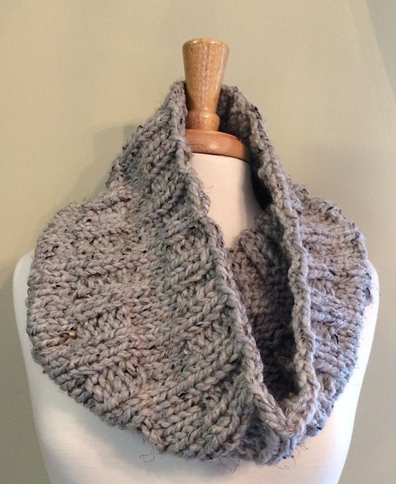 Thick and Quick Cowl PDF Knitting Pattern by loverubyknits