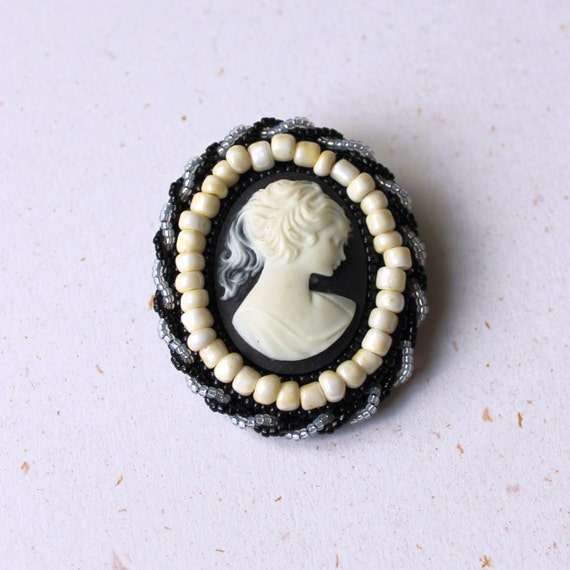 Pretty victorian cameo brooch, black and ivory pin, victorian lady cameo, romantic
