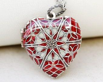 Locket, Silver Heart Locket,Red Locket,filigree locket necklace,photo locket ,vintage style locket,Wedding Necklace,bridesmaid necklace
