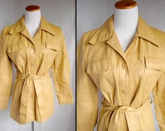 Vintage Jacket, 1960's Creamy faux leather, by Vina-Hide, vintage sz 16  vinyl