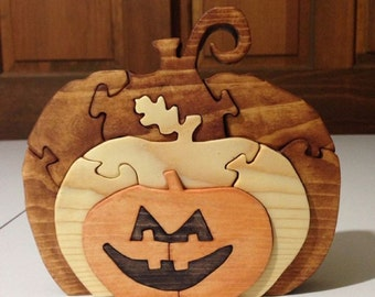 Wooden Pumpkin/Jack O'Lantern Puzzle - Handmade -Halloween- 11 Pieces - Stained
