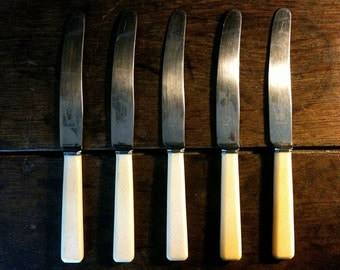 Vintage English eating dinner knifes Sheffield Stainless Steel circa 1950's Cutlery / English Shop