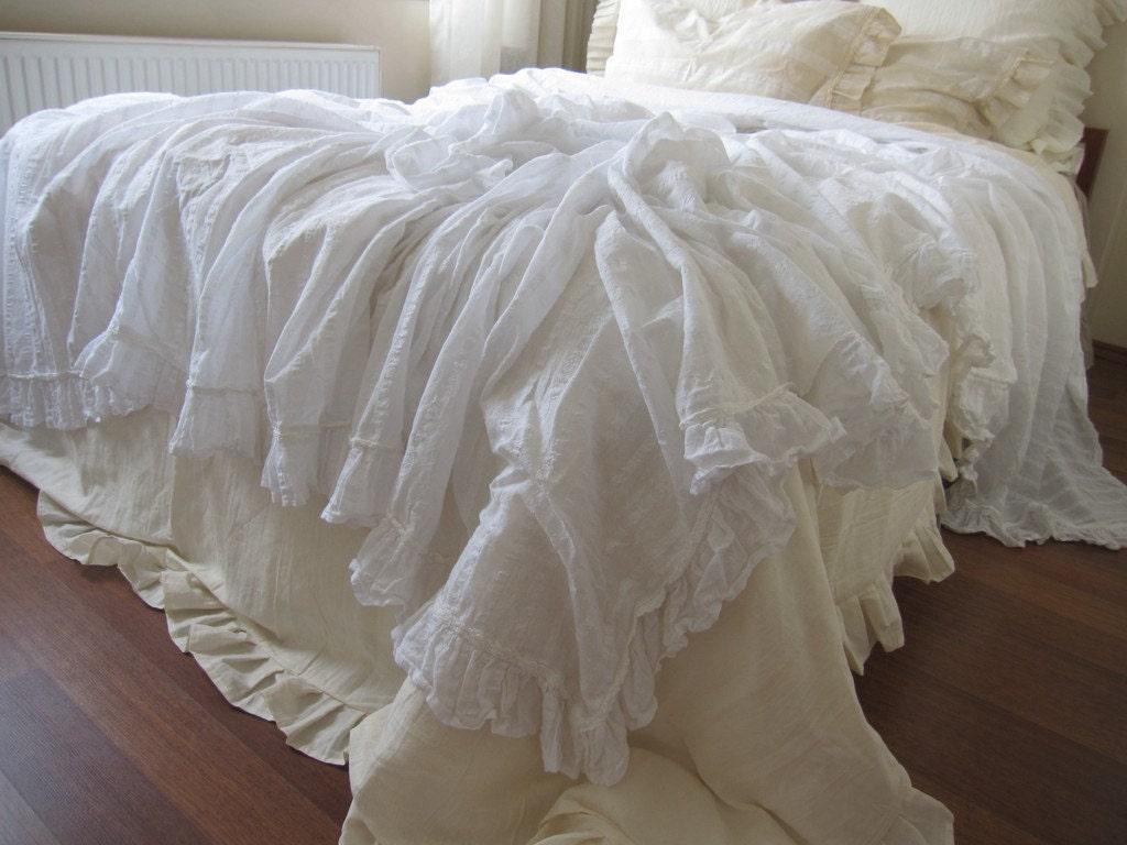 Twin white ruffle bedding -  Zoom