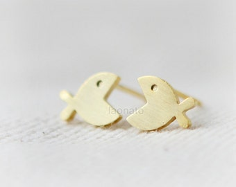 Fish Earrings / choose your color, gold and silver