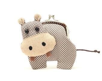 Little romantic brown hippo clutch purse