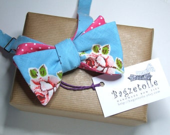 Bowtie in a gorgeous floral fabric / polkadots on reverse / self tie, freestyle, for men, ships worldwide.