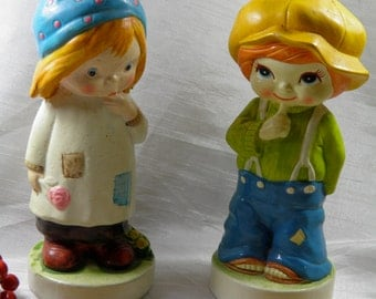 Boy and Girl Figurine Set of 2 - Figurine Children - Set