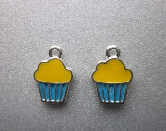 Cupcake Charms Yellow Blue 16x11mm 4 Charms