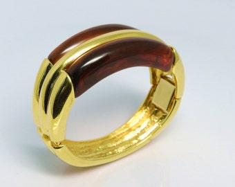 Vintage Napier Rare Chunky Tortoise Shell Lucite And Gold Tone Bracelet