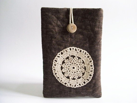 "Rustic 7"" Tablet case, Eco-friendly Brown gadget sleeve with Crochet, Christmas gift for Her"