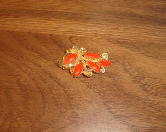vintage pin brooch orange stones goldtone rhinestones