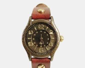 Vintage Retro Handcraft Woman Wrist Watch with Leather Band /// SackSackW - Perfect Gift for Birthday and Anniversary