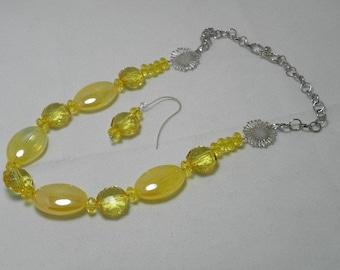 Golden Sunflower Necklace Set