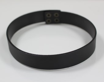 Custom Black woman waist genuine Leather minimalist belt, waist belt, dress belt, woman belt, modern belt, custom belt, snap fastener