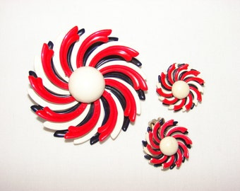 Vintage Red White Blue Patriotic Starburst Flower Brooch and Earrings