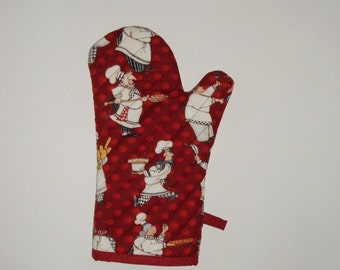 Chef Oven Mitts - Whimsical Chubby Chefs on Red Polka Dots - Gift for Foodie