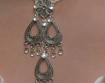 Janne - Traditional Norwegian Teardrops and Flower Solje Style Necklace with silver drops