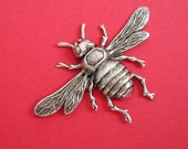1-Large Bee Bug Insect Ox Silver Brass Stamping Ornament Pendant Jewelry Findings.