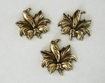 3-Flower Antiqued Brass Ox Stamping Ornament Embellishment Jewelry Findings.