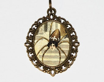 Spider Necklace, Spiders, Art Nouveau, Horror Jewelry, Spider Lady, Gothic, Oval Pendant