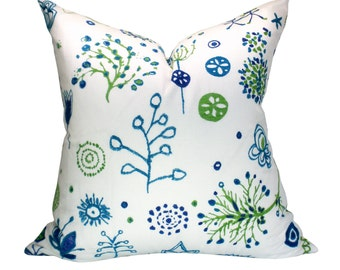 Schumacher Lollipop pillow cover in Turquoise/Leaf