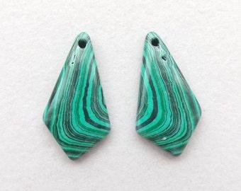 Green Malachite gemstone Earring beads,5g, 30mmX15mm