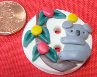 Hand made button, koala bear in a tree with leaves and 'smartie' fruit..Colorful  WCKG(mem)14.1 -7.1.