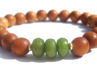 green jade and sandalwood mala bracelet. rosewood also available.