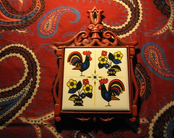 Red Roosters Trivet