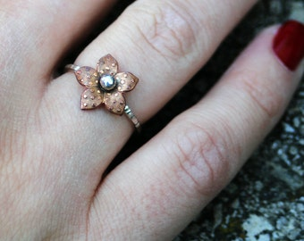 Little Copper Flower on Sterling Silver hand hammered band, novelty, statement, botanical, eco friendly, women