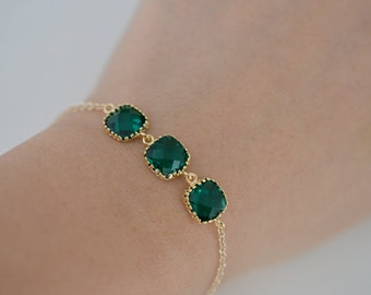 SALE, Emerald Green bracelet, Gold Bracelet, Wedding bracelet, Bridal jewelry, Bridesmaid gift, Glass bracelet, Christmas gift, Bracelet set