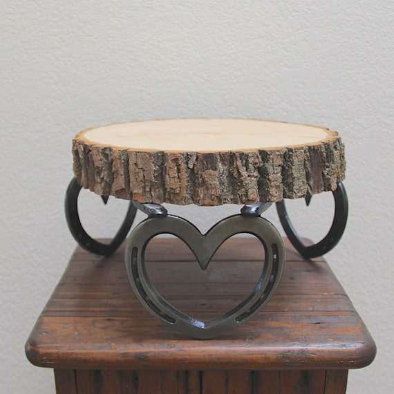 Horseshoe Wedding Cake Stand
