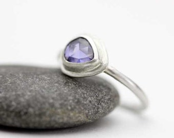 Violet Sapphire Ring in Sterling Silver, Freeform Gemstone, Rose Cut, Faceted Stone, Size 5
