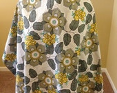Breastfeeding Cover Up PLUS SIZE- Best breastfeeding cover for mom on the go