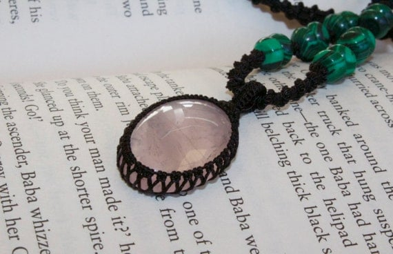 ROSE quartz and MALACHITE macrame necklace - healing properties enhance LOVE and protect travellers