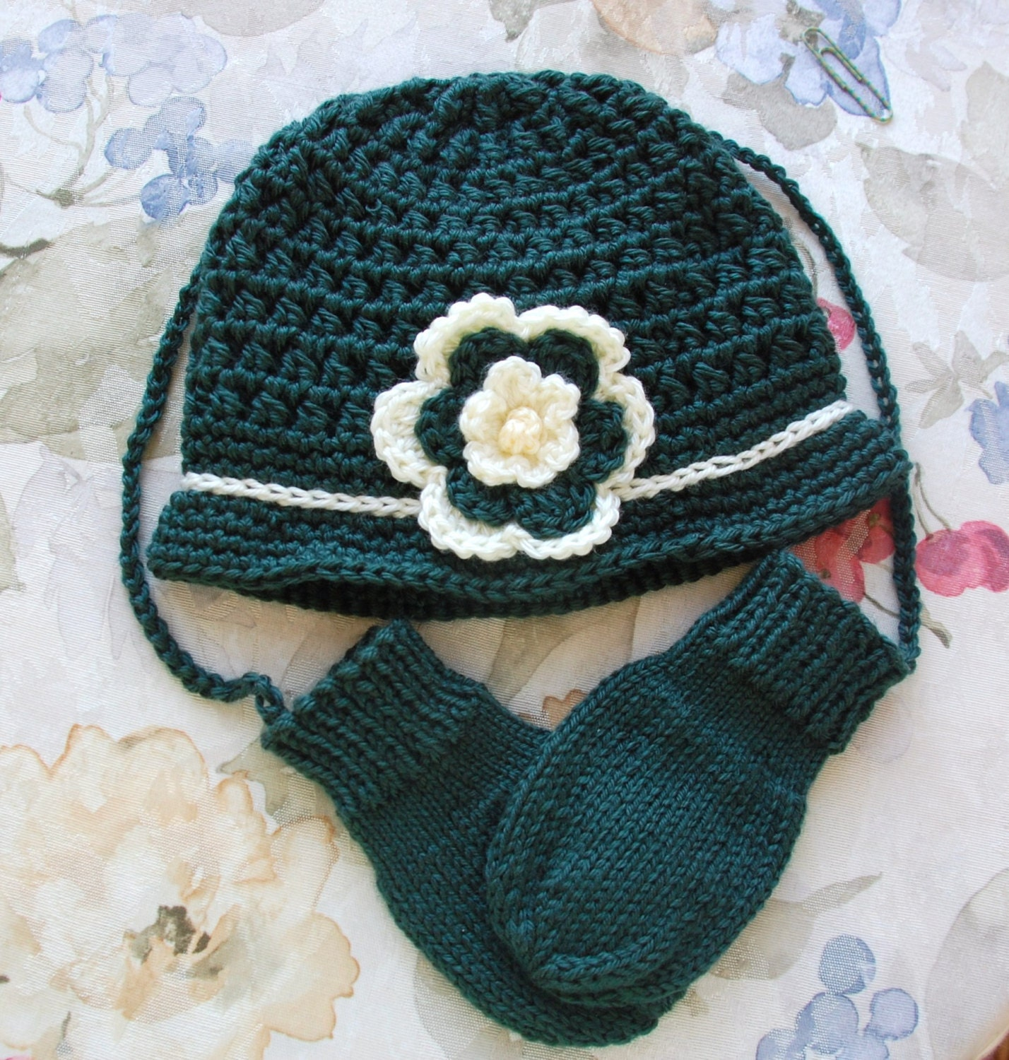 a8b70246021 Baby hat and mittens hat and mitten set girls baby hat jpg 1428x1500 Hat  and mitten