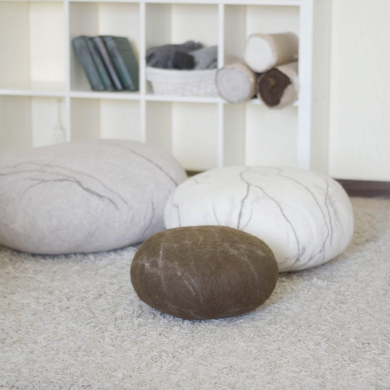 pouf ottoman floor pillows floor cushions pouf ottoman. Black Bedroom Furniture Sets. Home Design Ideas