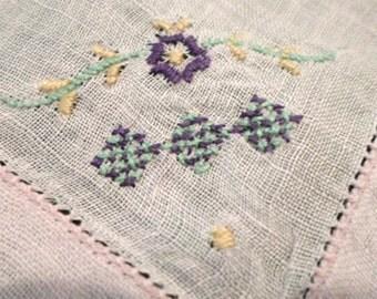 Handkerchief, Vintage Handkerchiefs, Art Deco, Hankerchief, Embroidered Handkerchiefs, Pink Linen, Ladies Hankies, All Vintage Hankies