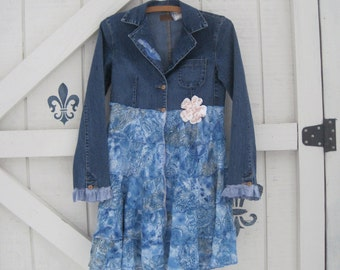 Boho denim duster jacket, denim blazer jacket dress, pretty feminine, XS blue gypsy jacket by Shaby Vintage