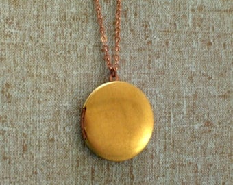 Vintage Brass and Copper Locket Necklace, Mixed Metals Two Tone Keepsake Locket, Copper Plated Chain