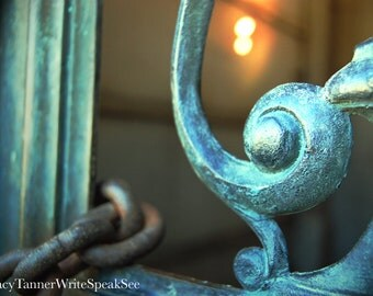 Iron Gate, Chain, Mausoleum, Grave, Graveyard, Cemetery, Headstone, Sunlight, Nashville, Photograph, Photography, Travel, WriteSpeakSee