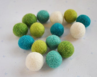 Felt balls - 15 pieces - 2cm - Ozone Colours - 100% wool felt - UK seller