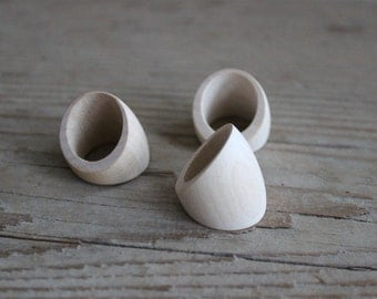 big wooden ring / set of 5 / unfinished wood ring / size 8.5 Ring / plain wood / for engraving / for wood burning / diy jewelry blanks