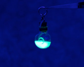 Custom Round Bottle Firefly Lantern Necklace (Special Edition)