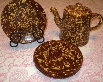 Vintage Retro Sponge Ware Ceramic Set Brown & Golden Harvest Yellow Glazed Ceramic Teapot with four dessert plates in Near Mint Condition
