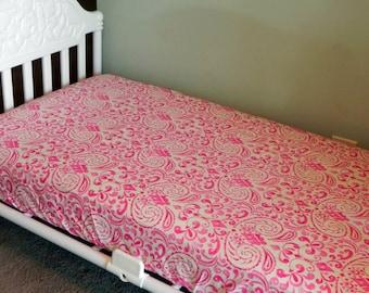 Crib Sheet   Fitted Or Top Sheet (Fits Toddler Bed)   Kumari Garden Fabrics
