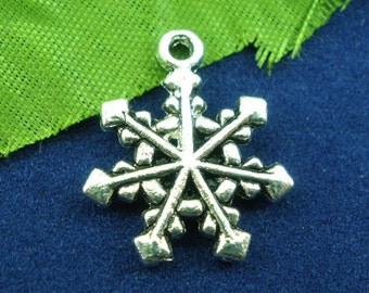 Silver Christmas Pendants - Antique Silver - Snowflake - 20x16mm - 8pcs - Ships IMMEDIATELY from California - SC772