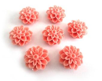 10 Pcs - 15mm Peach Chrysanthemum Flower Cabochons
