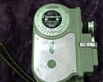 Vintage 1940's Cinémaster F-8 8mm Ciné Camera